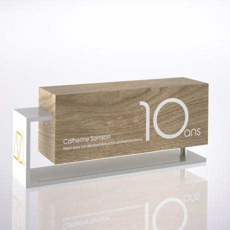 10 years of service award in wood and metal